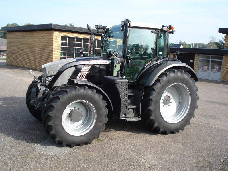 Fendt 724 Profi-Plus
