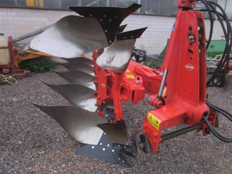Kuhn Multimaster 122 LP