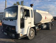 Volvo FL6 transporte gasóleo 8170 Lts - Volvo FL6 Fuel transport with